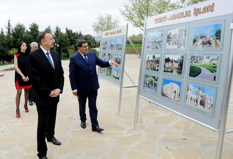 İlham Əliyev Tovuz rayonuna gəlib (FOTO)