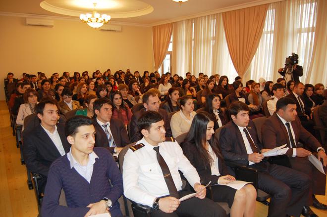 YAP Xəzər rayon təşkilatında gənclərlə görüş keçirilib  (FOTO)