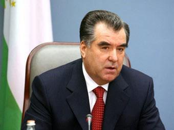 Tacikistan lideri vətəndaşları saqqal və hicabdan imtina etməyə çağırdı