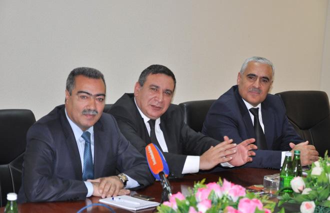 Avropalı jurnalistlər KİV-in İnkişafına Dövlət Dəstəyi Fondunun fəaliyyəti ilə tanış olublar (FOTO)