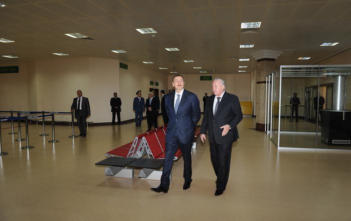Prezident İlham Əliyev Heydər Əliyev Beynəlxalq Aeroportunda yeni uçuş-enmə zolağının istifadəyə verilməsi mərasimində iştirak edib (FOTO)