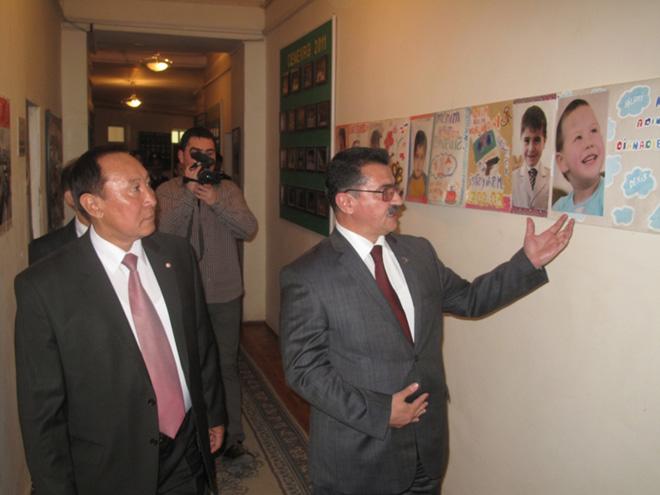 Qazaxıstan milli cəmiyyətinin prezidenti Bakıdadır (FOTO)