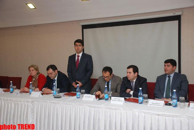 """Gənclərin iştirakı ilə """"Azərbaycan 2020: gələcəyə baxış"""" İnkişaf Konsepsiyası müzakirə edilib (FOTO)"""