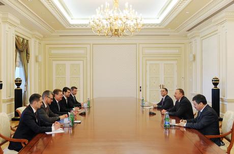 İlham Əliyev Ukraynanın xarici işlər nazirinin başçılıq etdiyi nümayəndə heyətini qəbul edib