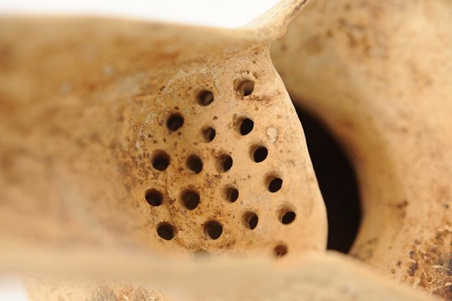 Ağsuda I-II əsrlərə aid nadir saxsı qab nümunələri tapılıb (FOTO)
