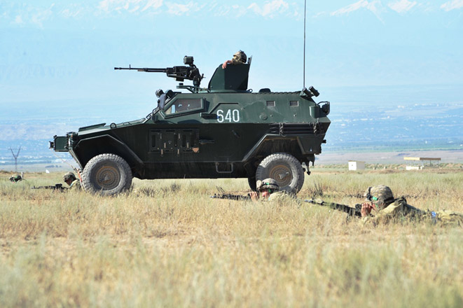 Uzbekistan, Tajikistan to hold joint military drills for first time