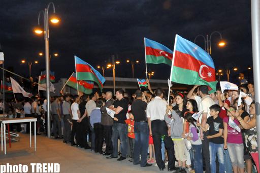 """YAP Gənclər Birliyi """"Heydər Əliyev: Qurtuluşdan tərəqqiyə"""" adlı konsert proqramını təşkil edib (FOTO)"""
