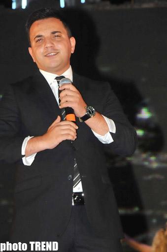 На Бакинском бульваре прошел праздничный концерт и грандиозный салют (ФОТО)