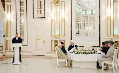 Prezident İlham Əliyev: Azərbaycanı xalq kimi qoruyub saxlayan milli mənəvi, islami dəyərləridir (FOTO)
