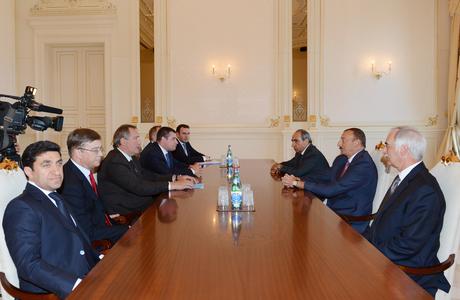 Prezident İlham Əliyev Dmitri Roqozinin başçılıq etdiyi nümayəndə heyətini qəbul etmişdir