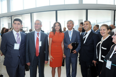 Azərbaycan Prezidenti İlham Əliyev və xanımı Mehriban Əliyeva Krans Montana Forumunun rəsmi açılışında iştirak ediblər (ƏLAVƏ OLUNUB) (FOTO)