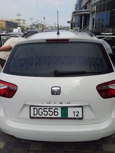 Azərbaycanın qalib olimpiyaçılarına yeni avtomobillər verilib (FOTO)