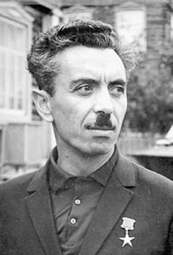 В честь Фармана Салманова назван избирательный участок в Сибири