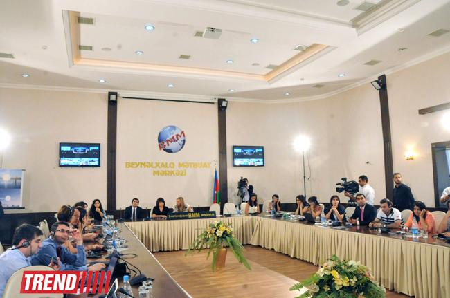 """""""Euronews"""" yaxın gələcəkdə Azərbaycan haqqında daha çox məlumat vermək niyyətindədir (FOTO)"""