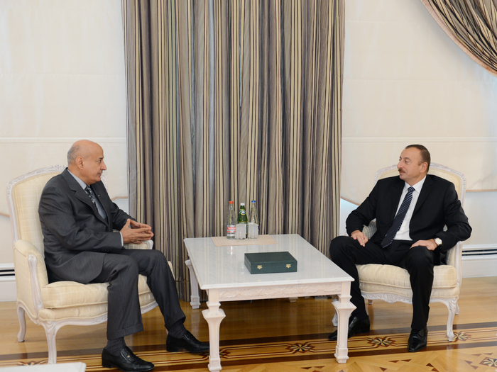 İlham Əliyev ISESCO-nun baş direktorunu qəbul edib