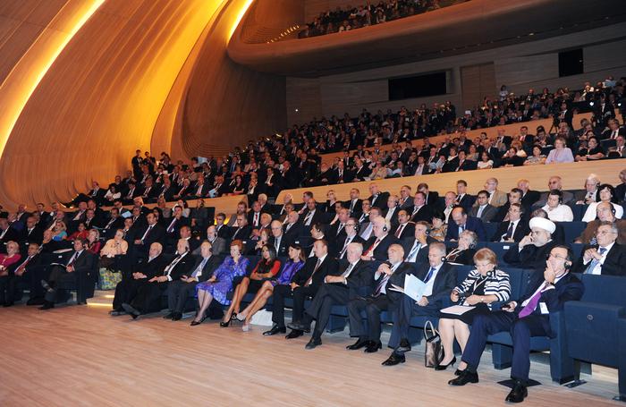 Prezident İlham Əliyev: Azərbaycanda bütün azadlıqlar vardır, siyasi islahatlar, demokratiyanın inkişafı uğurla davam edir (FOTO)