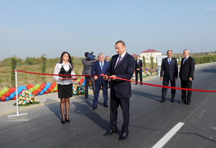 İlham Əliyev Yevlax-Xocalı-Laçın avtomobil yolunun tikintisi başa çatmış hissəsinin açılışında iştirak edib (FOTO)