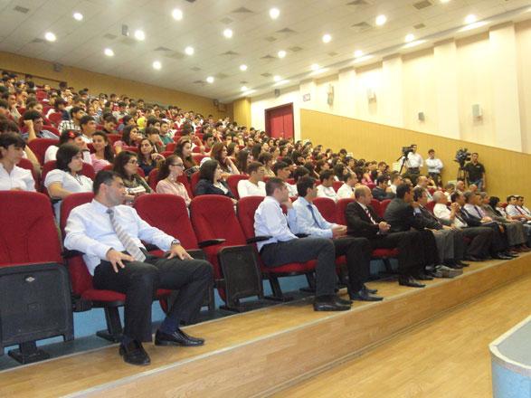DSMF-nin yaradılmasının 20-ci ildönümü ilə bağlı elmi-praktik konfrans keçirilib (FOTO)