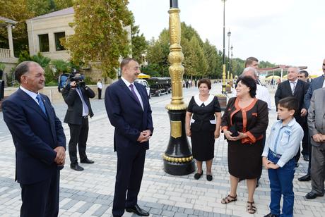 """Azərbaycan Prezidenti Yevlaxda Kür çayının sahilində """"Bulvar"""" istirahət mərkəzini açıb (FOTO)"""