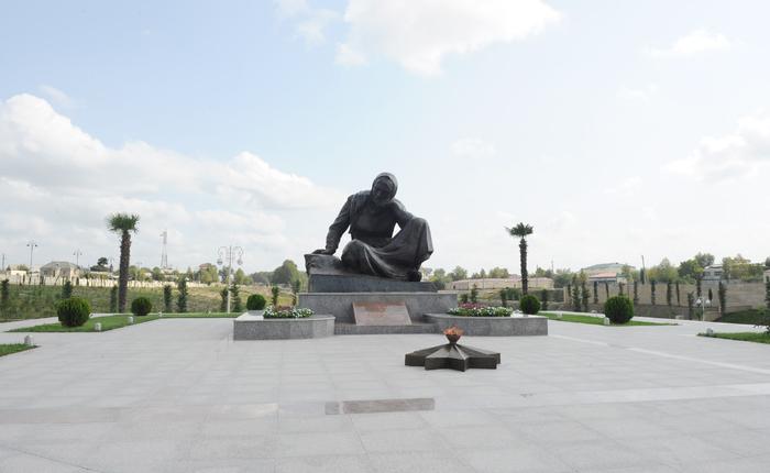 Azərbaycan Prezidenti Bərdədə Qəhrəmanlar parkının açılışında iştirak edib (FOTO)