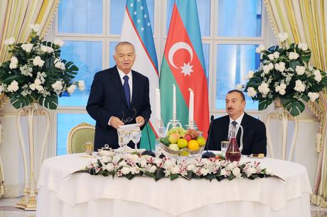 Bakıda Özbəkistan Prezidenti İslam Kərimovun şərəfinə rəsmi nahar verilib