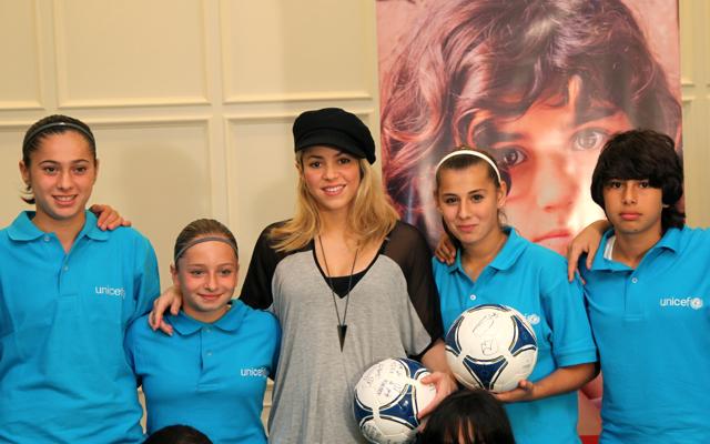 UNICEF-in xoşməramlı səfiri Şakira gənc azərbaycanlı qızlarla təhsilin əhəmiyyətini müzakirə edib (FOTO)