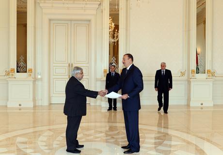 Azərbaycan Prezidenti Misir, Litva və İranın səfirlərinin etimadnaməsini qəbul edib (FOTO)
