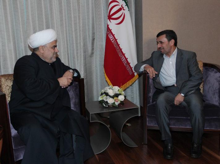 Əhmədinejad Allahşükür Paşazadəni İrana dəvət edib (FOTO)