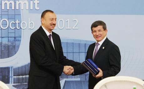 İlham Əliyev: Hazırda ECO-nun bütün iştirakçı ölkələri öz regionlarında mühüm rol oynayırlar (FOTO)