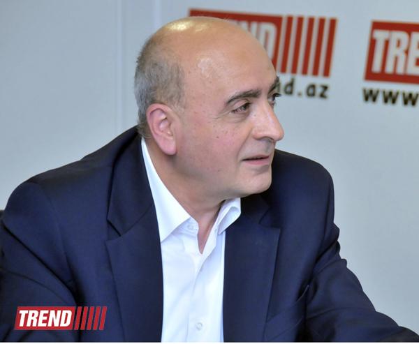 """Trend BİA-da Azərbaycanın beynəlxalq arenada rolu haqqında """"dəyirmi masa"""" keçirilib (FOTO)"""