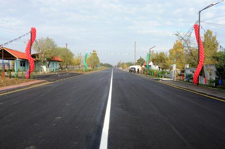 İlham Əliyev Beyləqan-Kəbirli-Baharabad avtomobil yolunun açılışında iştirak edib (FOTO)