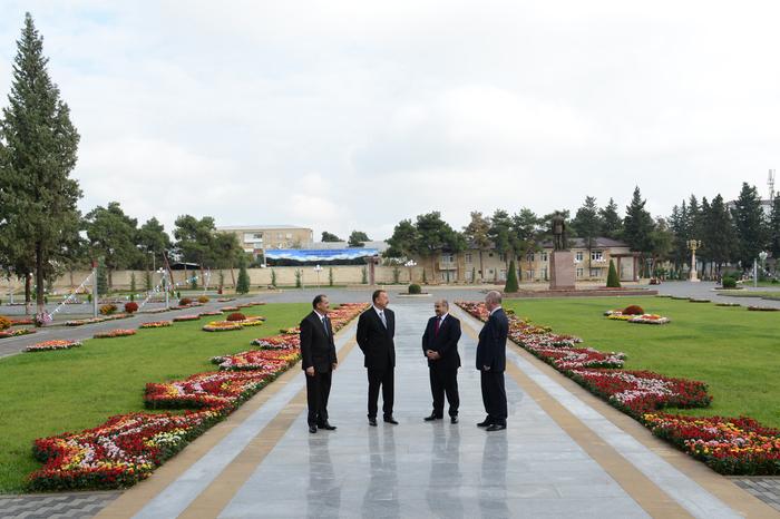 Prezident İlham Əliyev İmişli rayonuna səfərə gəlib (FOTO)