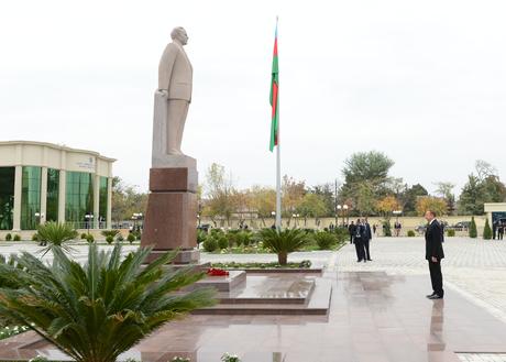 Prezidenti İlham Əliyev Saatlı rayonunda səfərdədir (FOTO)