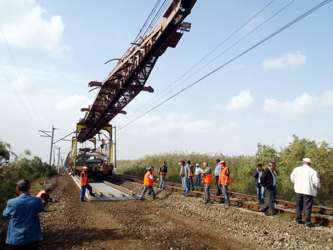 Ucar-Əlikənd mənzilində 3325 metr dəmir yolunun təmirinə başlanılır