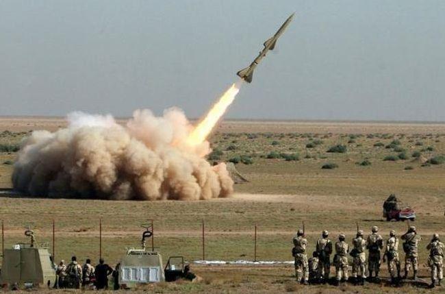 Хуситы запустили ракету покоролевскому дворцу вЭр-Рияде