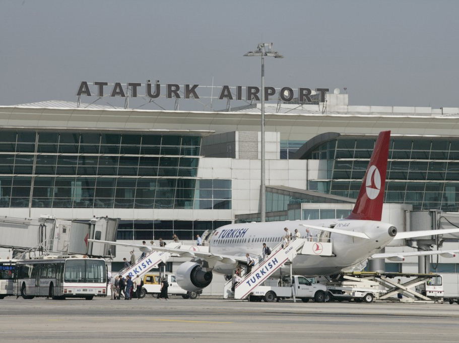 В Стамбуле разбился частный самолет