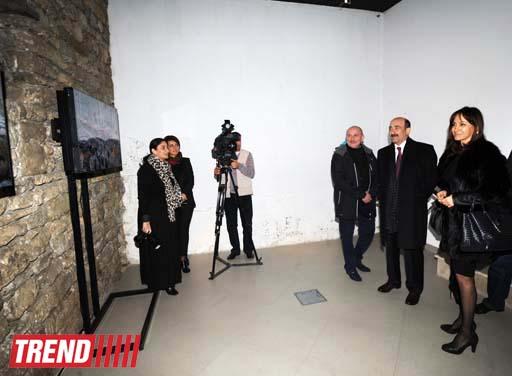 """В Баку в галерее YAY состоялось открытие фотовыставки Адалята Алиева  """"IMPRESSION' S """" (ФОТО)"""