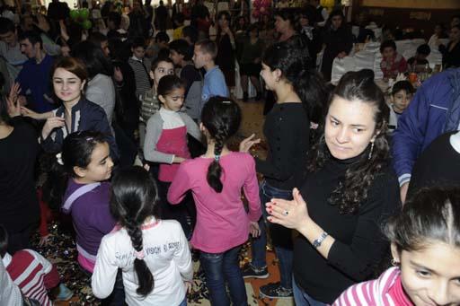 'AtaBank' OJSC arranges Novruz festival for orphans (PHOTO)