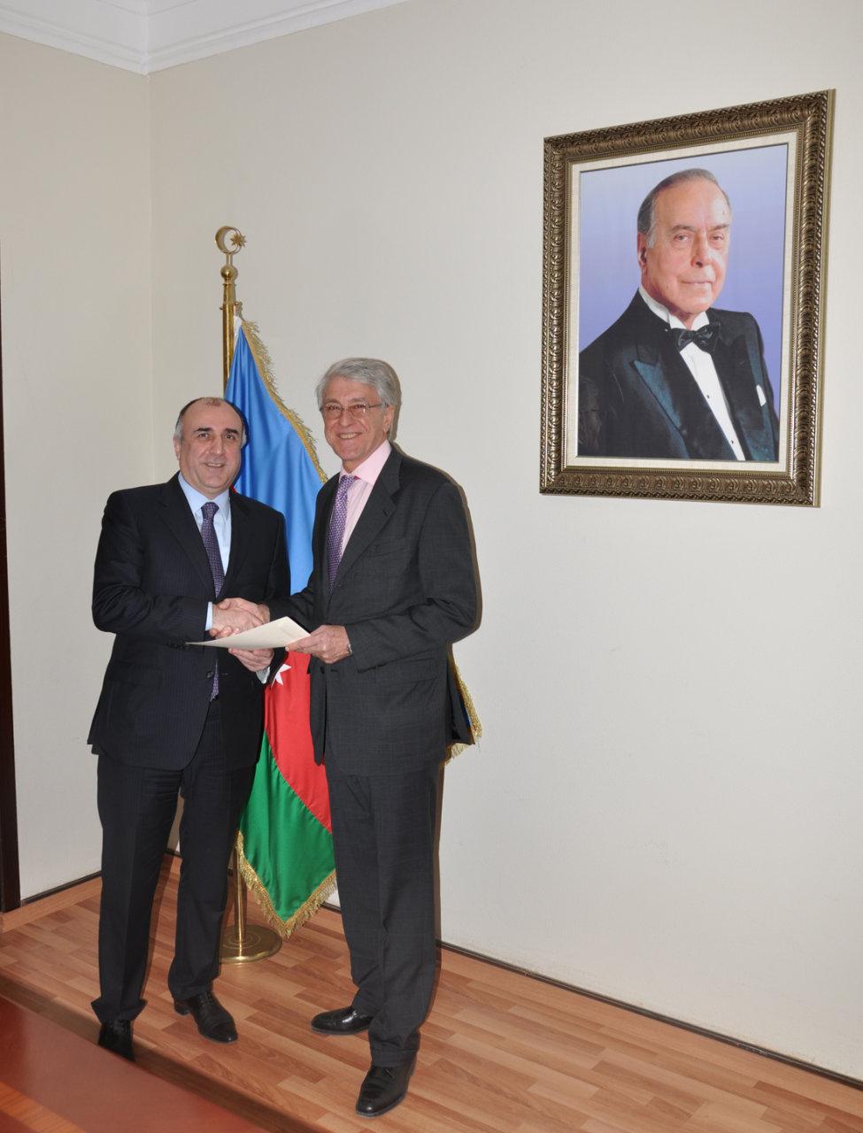 Elmar Məmmədyarov Argentinanın Azərbaycana yeni təyin olunmuş səfiri ilə görüşüb (FOTO)