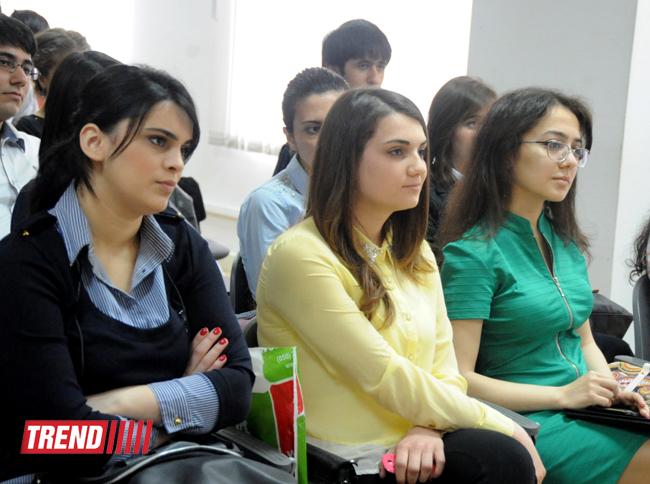Sürücülük vəsiqəsi almaq istəyən gənclərə əlverişli fürsət yaradılıb (FOTO)
