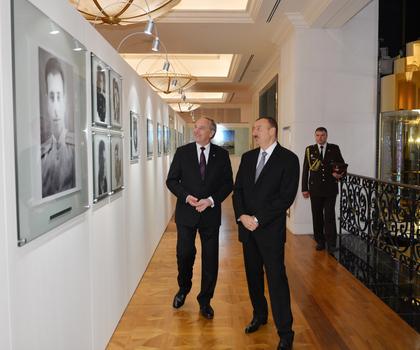 Latviya Prezidenti Heydər Əliyev Fondu ilə tanış olub (FOTO)