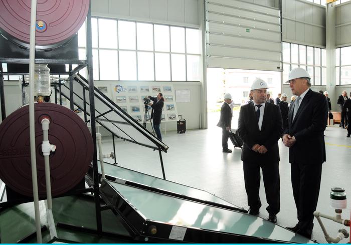 Latviya Prezidenti Sumqayıt Texnologiyalar Parkında olub (FOTO)