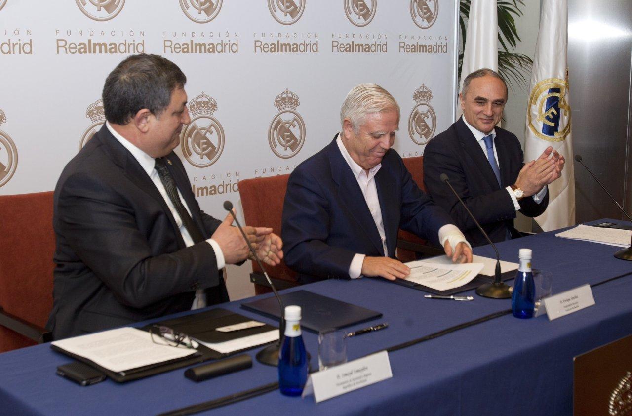 Real Madrid Fondu Bakıda sosial futbol məktəbi açır (FOTO)