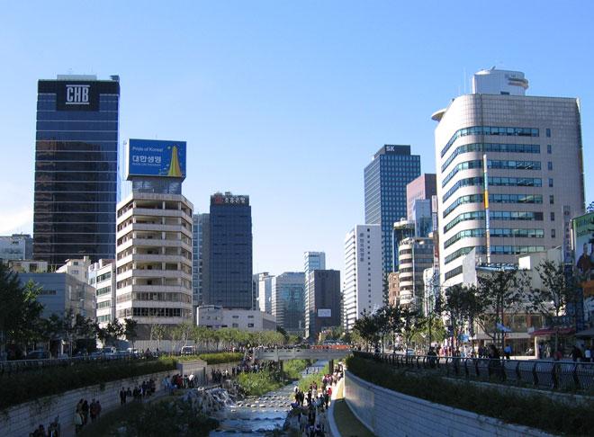 Сеул потребовал объяснений Пхеньяна из-за отмены визита артистов КНДР
