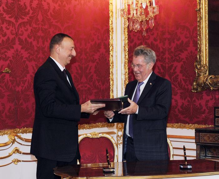 """В Вене подписана """"Совместная декларация о дружественных отношениях и партнерстве между Азербайджанской Республикой и Австрийской Республикой"""" (ФОТО)"""