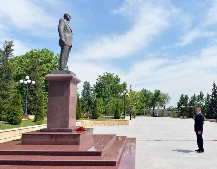 Президент Азербайджана прибыл в Шамахинский район (ФОТО)