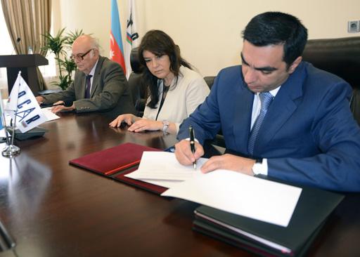 Бакинская высшая школа нефти подписала меморандум с тремя университетами Болгарии (ФОТО)