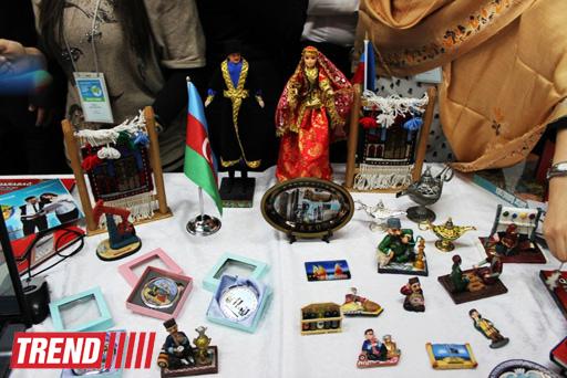 """Азербайджан участвует в выставке """"Сегодня студент ─ завтра EXPOнент!"""" в Екатеринбурге  (фото)"""