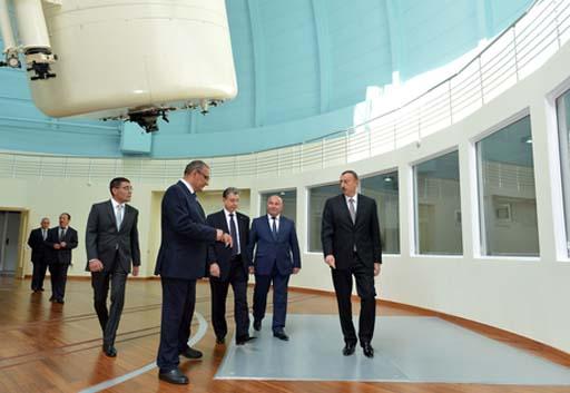 Президент Ильхам Алиев: Азербайджан должен стать научным центром региона (ФОТО)