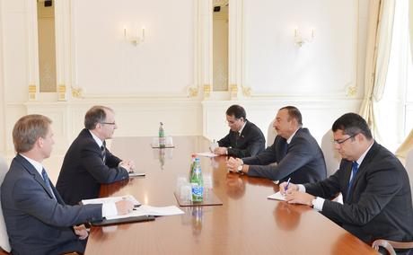 Президент Азербайджана принял заместителя генсека НАТО